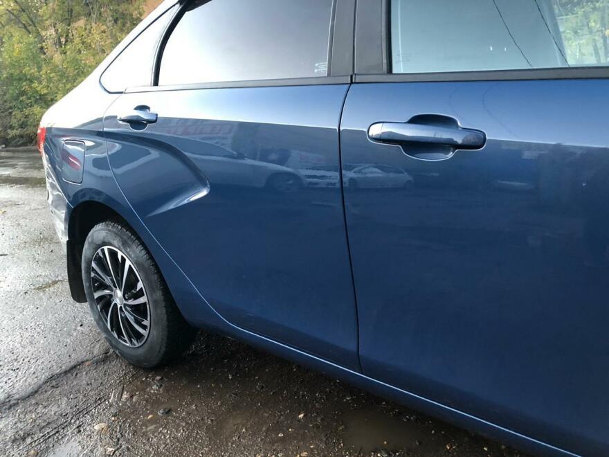 Фото крыла после ремонта авто Лада Веста