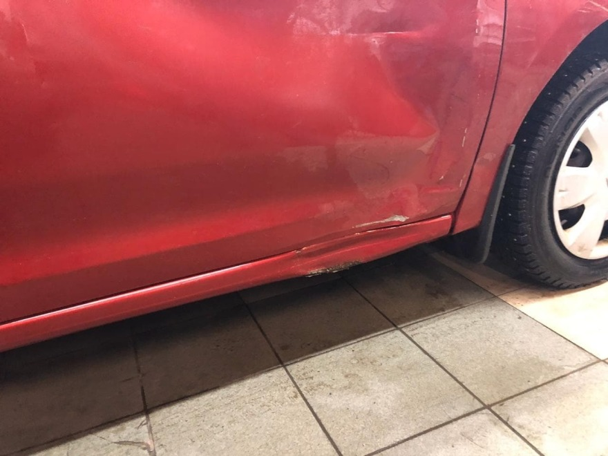 Renault Logan фото повреждений