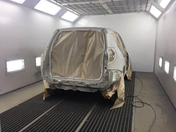Toyota фото в процессе покраски АвтосервисПрофи