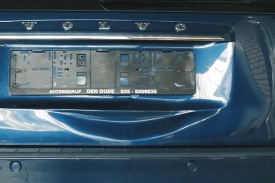 Фото вмятины на крышке багажника